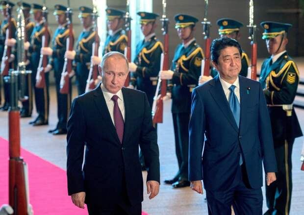 Владимир Путин раскрыл детали переговоров с Синдзо Абэ