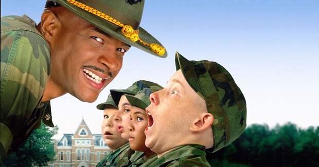 Солдатский юмор: 30 лучших комедий про армию