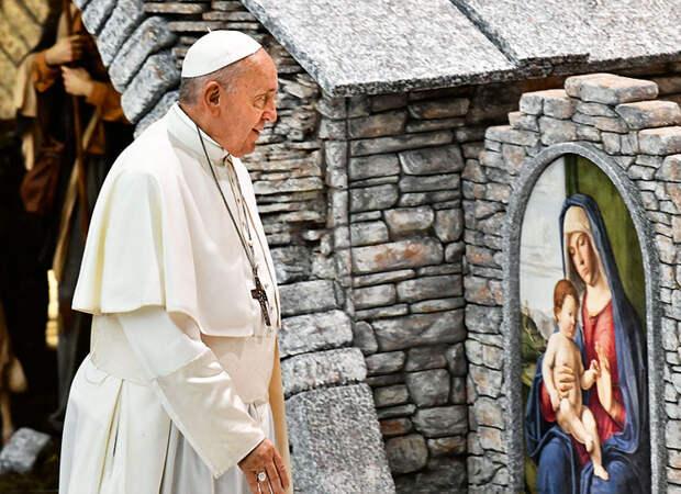Ради всего святого: как Джуд Лоу, папа римский и Джастин Бибер меняют наше отношение к религии