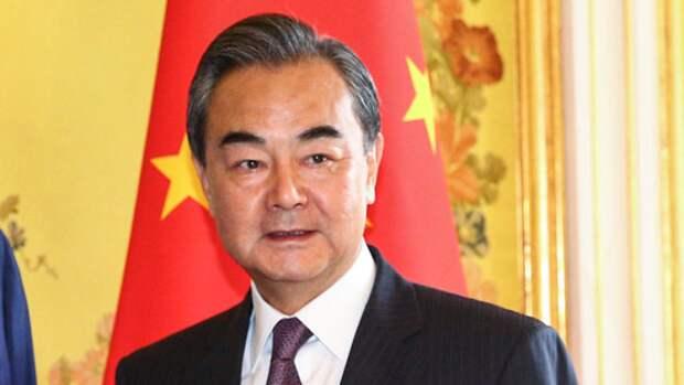 Глава китайского МИД предложил провести израильско-палестинские переговоры в КНР