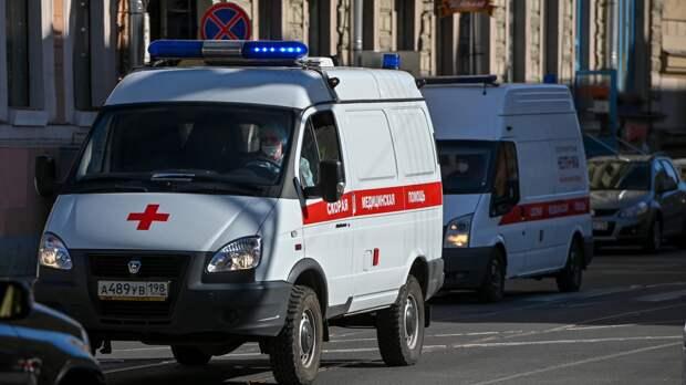 Подросток попал под машину скорой помощи в Твери