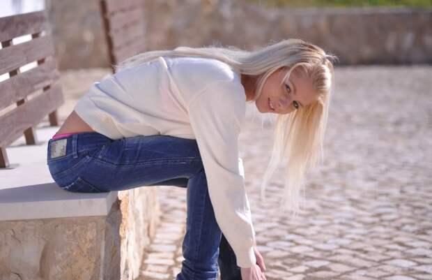 Пять ошибок в образах с женскими джинсами