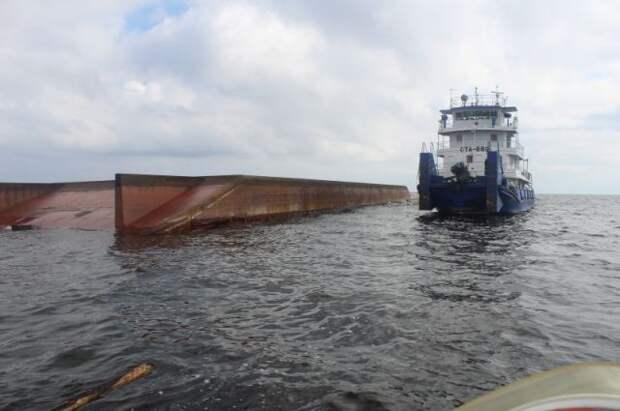 Капитан судна «Амур» попросил помощи генконсульства России в Саппоро