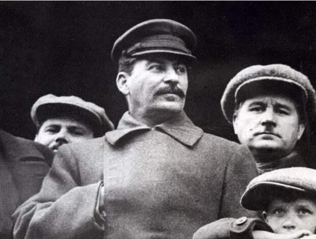 Сколько раз Сталин отказывался от должности «вождя народов»