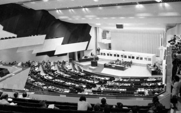 Возможен ли был мир без ОБСЕ 45 лет назад? Валдайский клуб проведёт дискуссию, посвящённую 45-летию подписания Заключительного акта СБСЕ