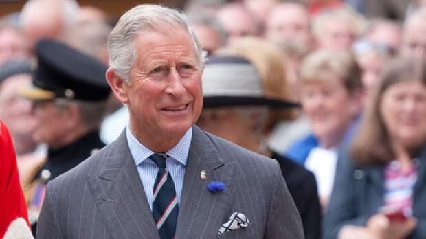 Принц Чарльз решил сократить число старших членов британской королевской семьи