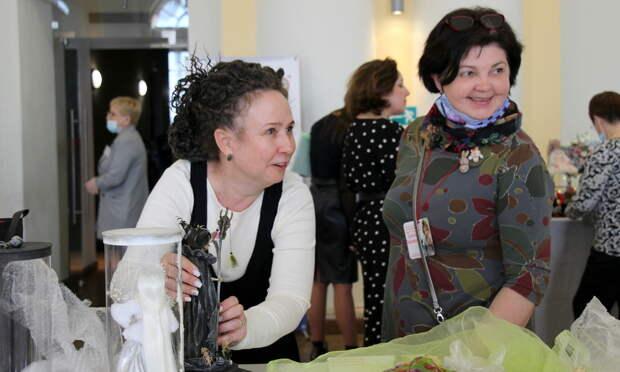 Корюшка и космонавтики для Терешковой: в Архангельске открылась уникальная выставка