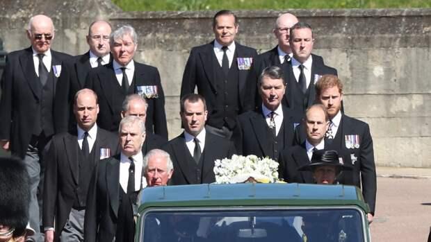Принцы Гарри и Уильям помирились во время похорон герцога Эдинбургского