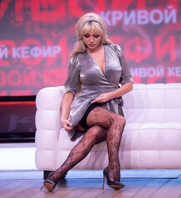 Гордость российского телевидения, Яна Кошкина