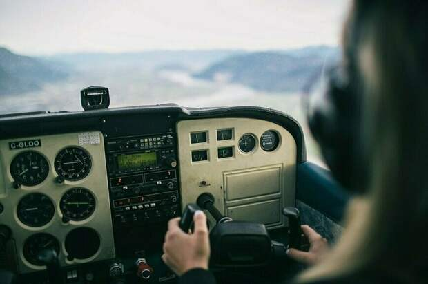 Пилотов предлагают увольнять за отказ от медосмотра на алкоголь