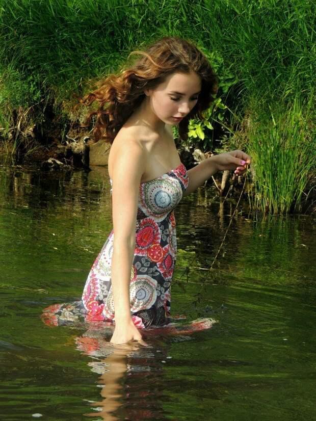 8. Иногда конечно они используют косметику, но она только подчеркивает их природную красоту и естественность девушки, деревня, доярка, естественность, красота, милота, село
