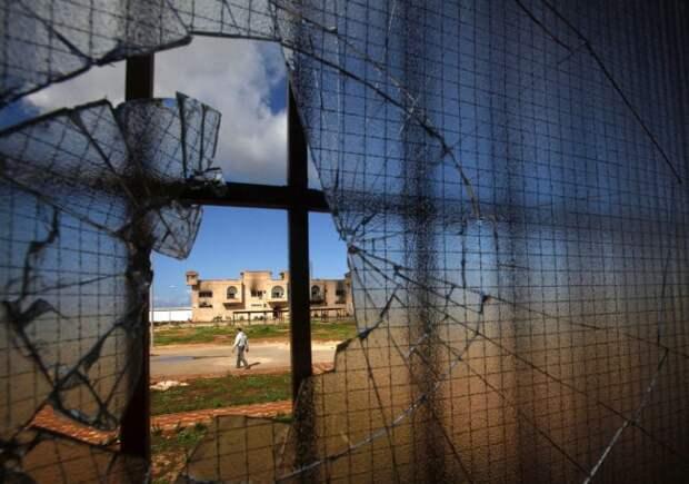 В России экранизируют историю социолога Максима Шугалея, попавшего в плен в Ливии