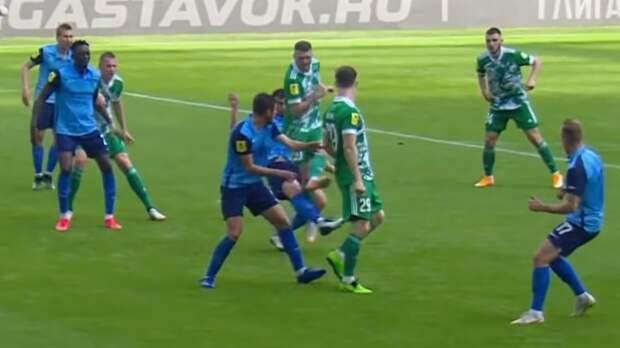 Эксперт считает, что судья ошибочно не назначил пенальти в пользу «Ахмата» в матче с «Ротором»