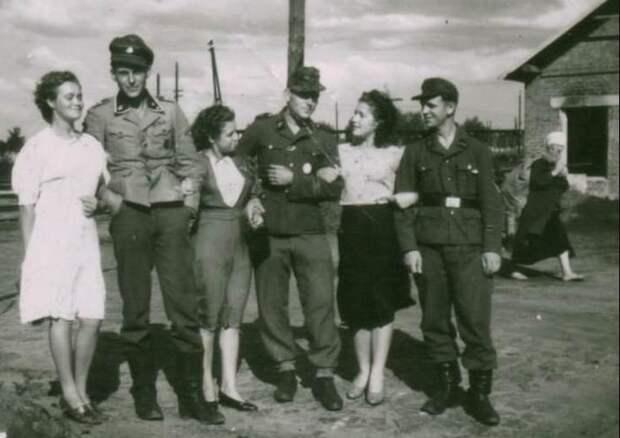 Смешение расы не останавливало немецких солдат от связи с советскими женщинами.
