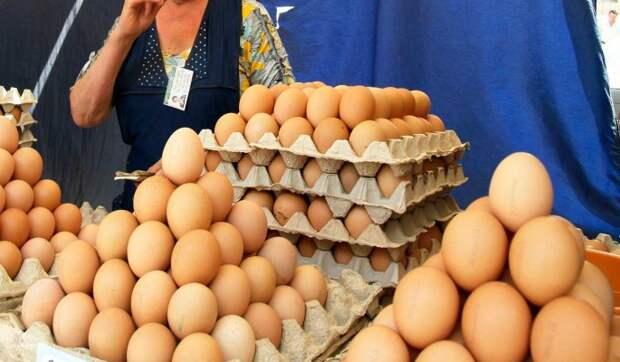 В России выросли цены на яйца и картофель