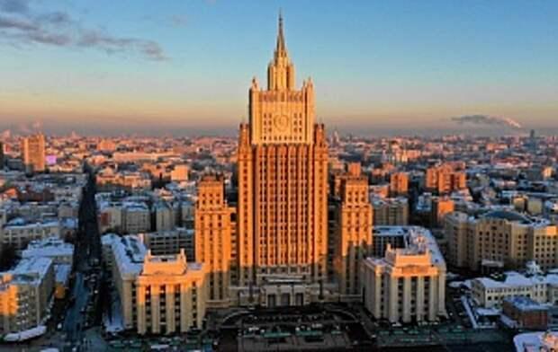 Россия запретила въезд британцам за «нагнетание антироссийской активности»