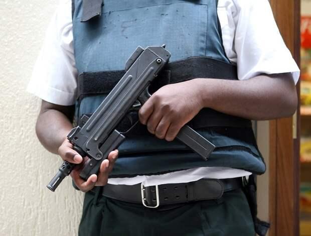 Мятежники задержали президента Гвинеи и распустили правительство