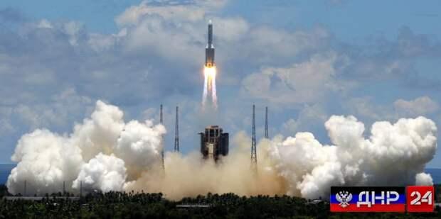 Китай впервые успешно посадил космический аппарат на Марс