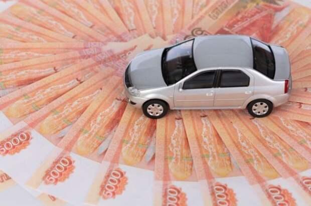 Россияне набрали рекордное число автокредитов в апреле
