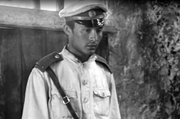 Первая роль Талгата в фильме  «Баллада о комиссаре».