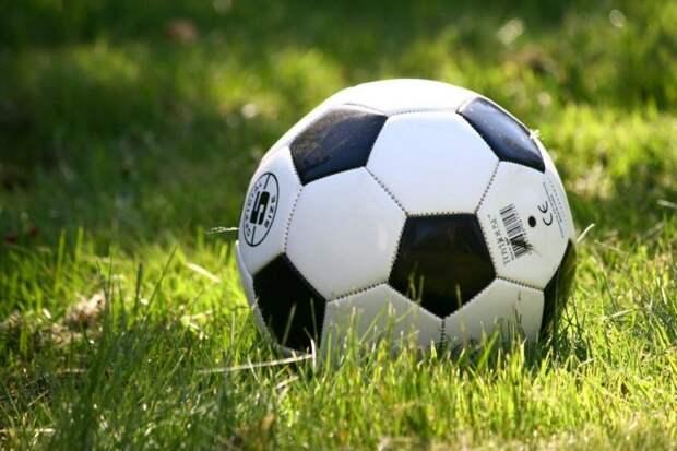 Любительский футбольный клуб открыл набор в новые группы