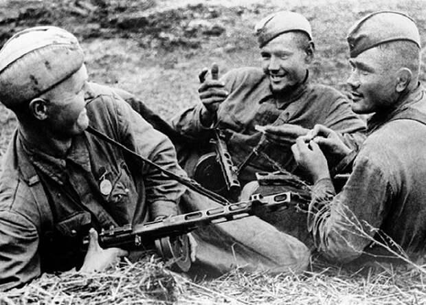 Какие приметы у суеверия были у советских солдат на фронте