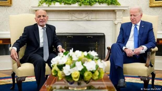 Президенты США иАфганистана обсудили наступление талибов