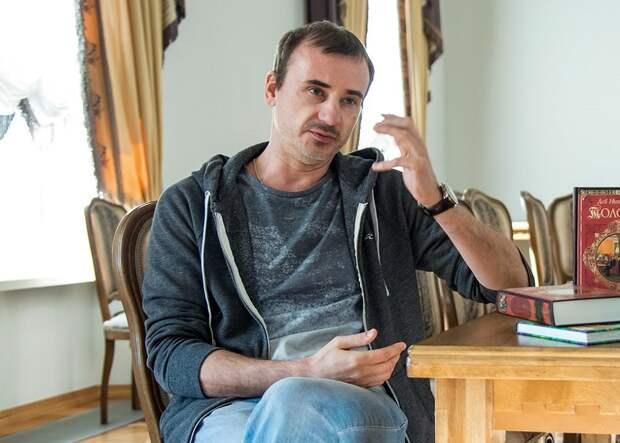 Глеб Подгородинский дебютирует в режиссуре со спектаклем «Месяц в деревне»