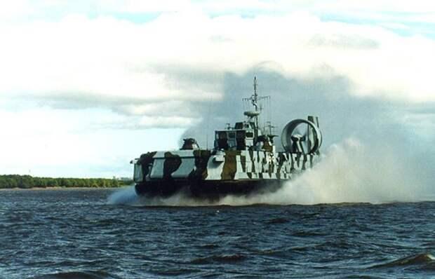Армiя INFORM раскрыло, зачем Россия перебрасывает десантные катера сКаспия