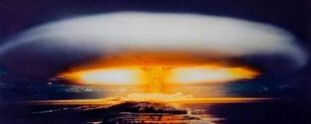 А вы знаете, какой была самая мощная бомба в мире? (5 фото)