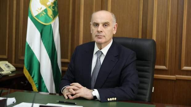Президент Абхазии поздравил ветеранов ВОВ по случаю Дня Победы