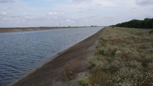 В сторону Крыма пошла днепровская вода из-за прорыва дамбы