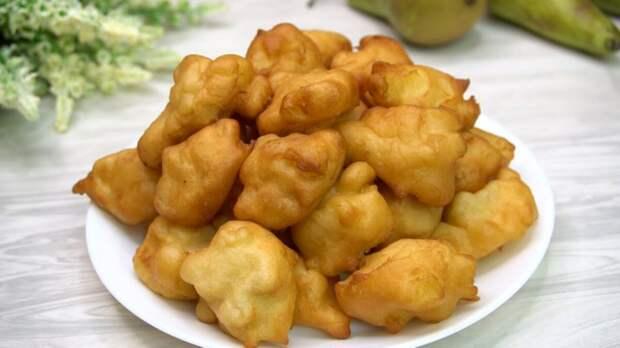 Яблочные пончики: трачу 15 минут (перемешиваю все ложкой и на сковородку). делюсь рецептом