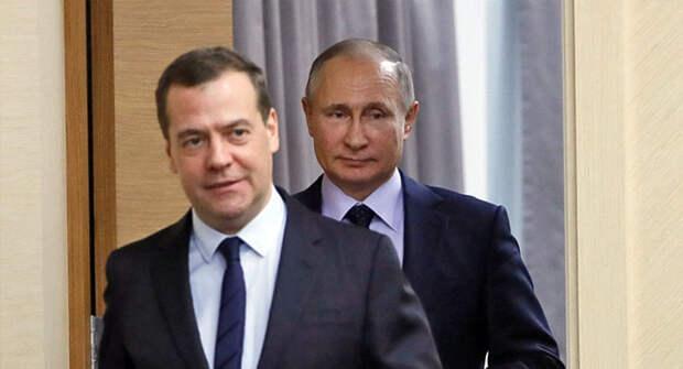 Угроза Медведева Украине содержит намек и для Лукашенко