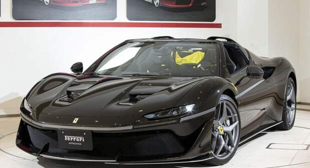 Один из 10 редких Ferrari J50 появился в продаже