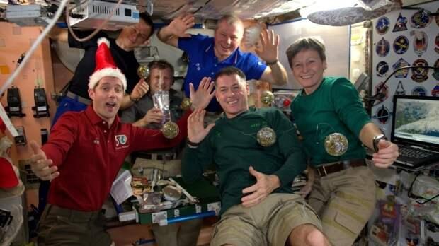 Космонавт Олег Новицкий поучаствовал в онлайн-акции «Бессмертный полк»