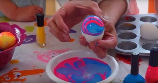 Оригинально украшаем пасхальные яйца: три уникальных способа!