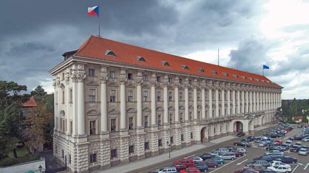 Из Чехии вышлют 18 российских дипломатов