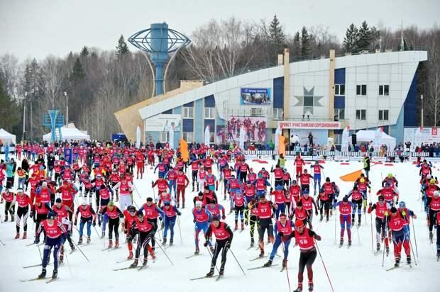 Жители Удмуртии могут поучаствовать в Рождественской лыжной гонке