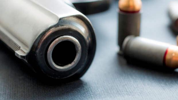 В Калифорнии неизвестные обстреляли автобус, есть погибшие
