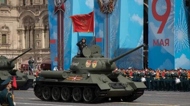 Полиция не зафиксировала серьезных нарушений во время празднования Дня Победы в Москве