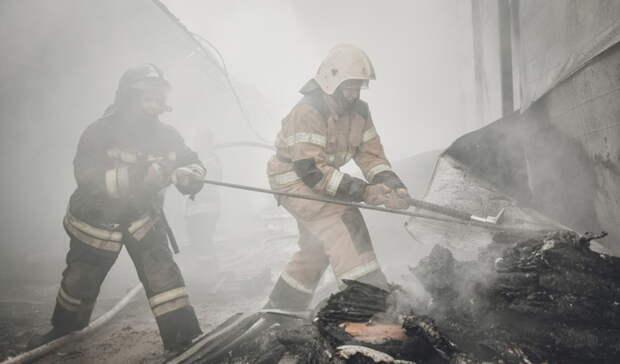 Итоги дня: освобождение экс-начальника УМВД, борт слесопожарными, межевание участков