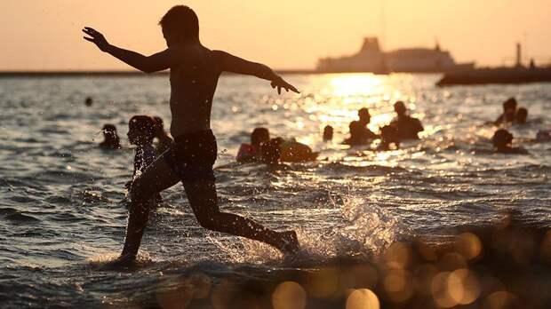 Вильфанд рассказал о скором открытии купального сезона на Черном море