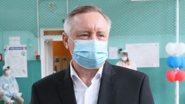Губернатор Петербурга напомнил горожанам о важности масок и социальной дистанции