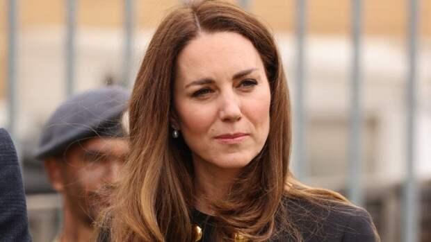 Кейт Миддлтон призналась в любви принцу Уильяму при помощи наряда