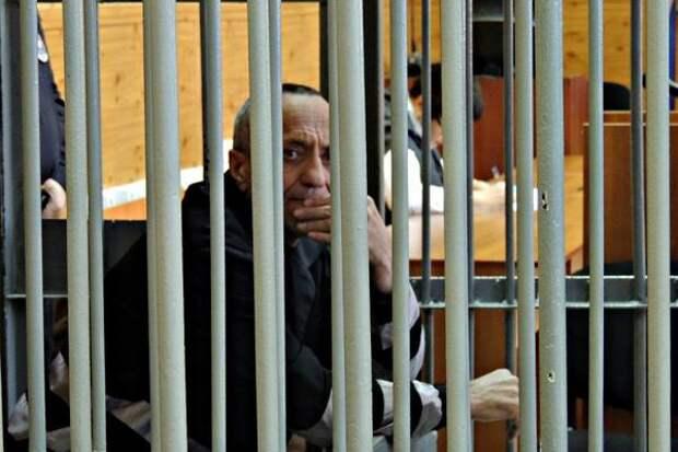 Маньяк из Ангарска Михаил Попков предстанет перед судом еще за два убийства