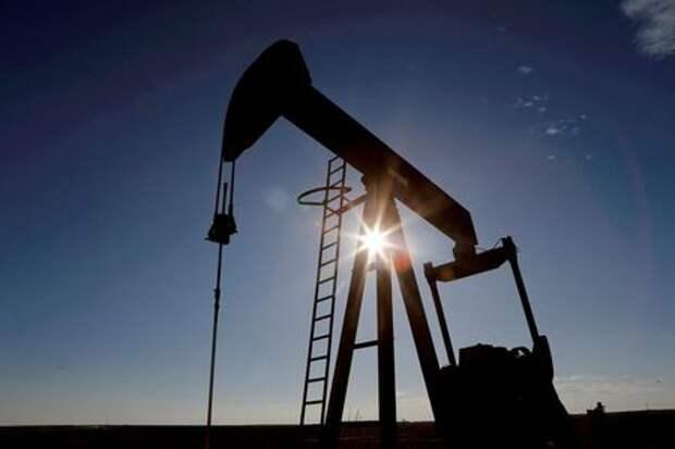 Цены на нефть продолжают рост на фоне оптимизма вокруг открытия экономик США и Европы