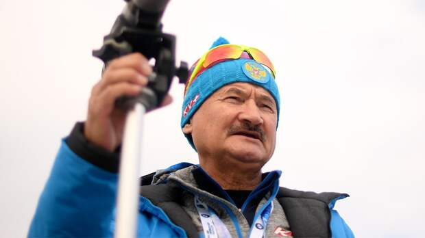Главный тренер сборной России рассказал, как биатлонисты защищаются откоронавируса