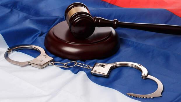 В Петербурге арестовали двух задержанных за наезд на самокатах
