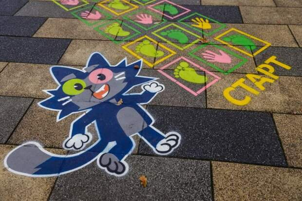 До конца октября в парке «Ангарские пруды» можно сыграть с героями мультсериала «Чуч-Мяуч»